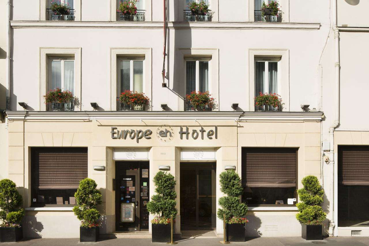 Europe Hotel Paris - Facade
